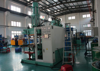 PLC Control Silicone Injection Machine , High Hardness Silicone Mould Making Machine